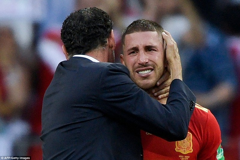 Nga tử thủ chờ penalty, Ramos khóc hận vì Akinfeev - ảnh 20