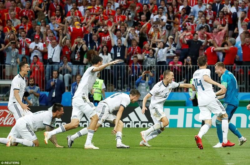 Nga tử thủ chờ penalty, Ramos khóc hận vì Akinfeev - ảnh 18
