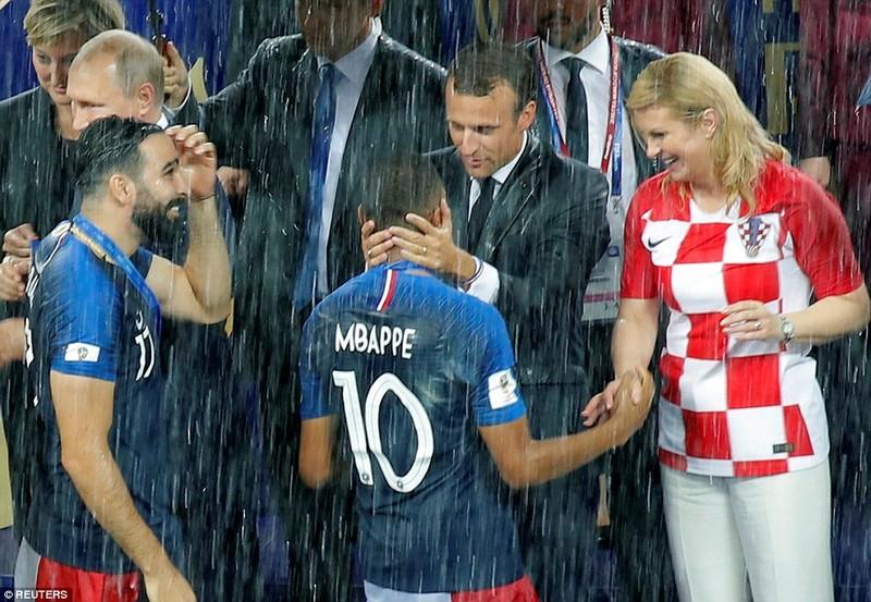 Ông Putin và chuyện hy hữu thời khắc Pháp đăng quang World Cup - ảnh 13