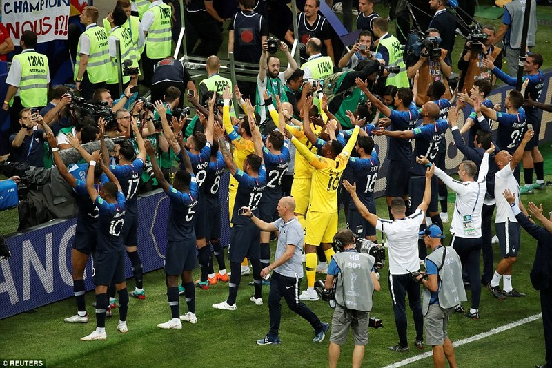 Ông Putin và chuyện hy hữu thời khắc Pháp đăng quang World Cup - ảnh 1