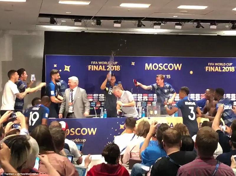 Ông Putin và chuyện hy hữu thời khắc Pháp đăng quang World Cup - ảnh 22