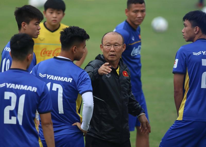 U-23 Việt Nam 'luyện công' chờ 'đấu' Oman - ảnh 1