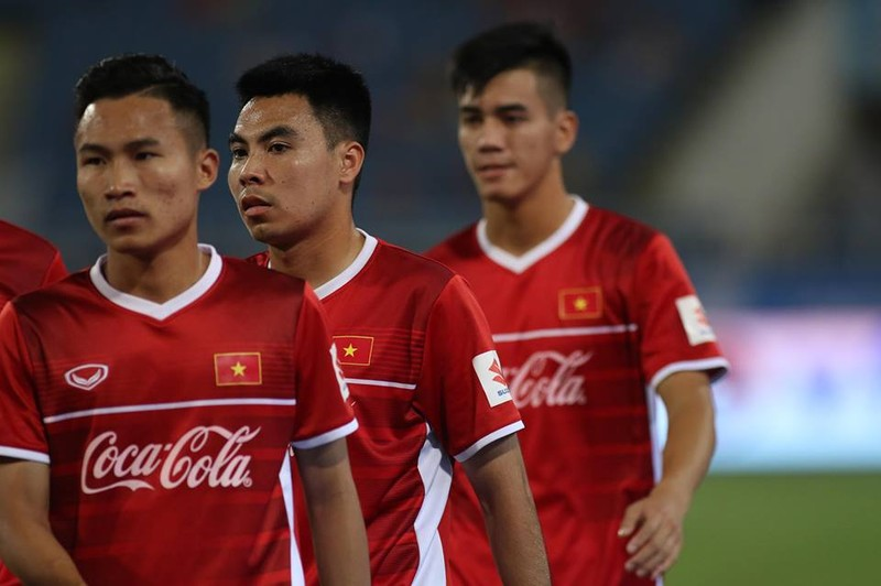 Văn Hậu lập siêu phẩm, U-23 Việt Nam thắng Oman phút 89 - ảnh 30