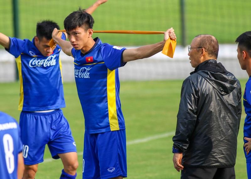 U-23 Việt Nam tập luyện hăng say chờ tái đấu U-23 Uzbekistan - ảnh 5