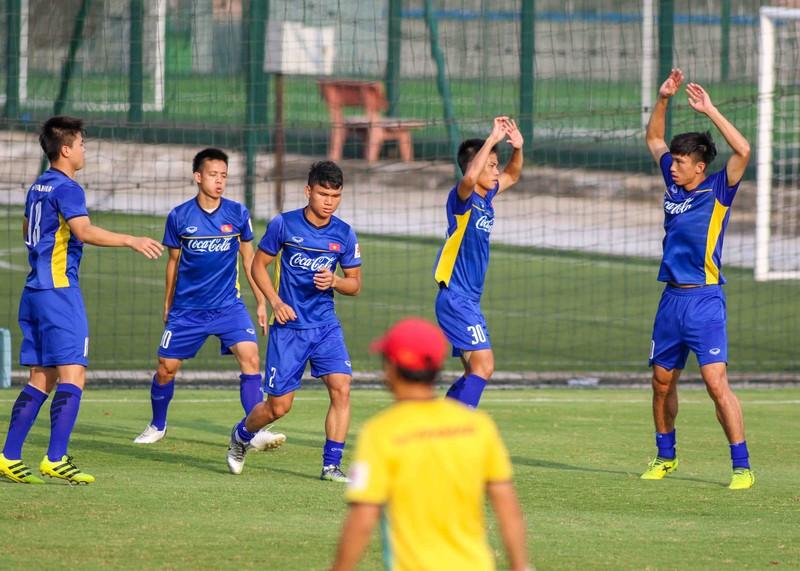 U-23 Việt Nam tập luyện hăng say chờ tái đấu U-23 Uzbekistan - ảnh 7