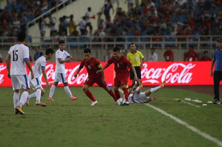 Hòa Uzbekistan, U-23 Việt Nam đăng quang trên sân Mỹ Đình - ảnh 14