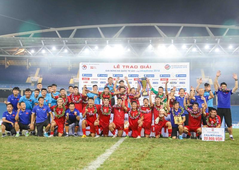 Chốt danh sách Olympic VN dự Asiad: Văn Lâm, Minh Vương ở nhà - ảnh 2