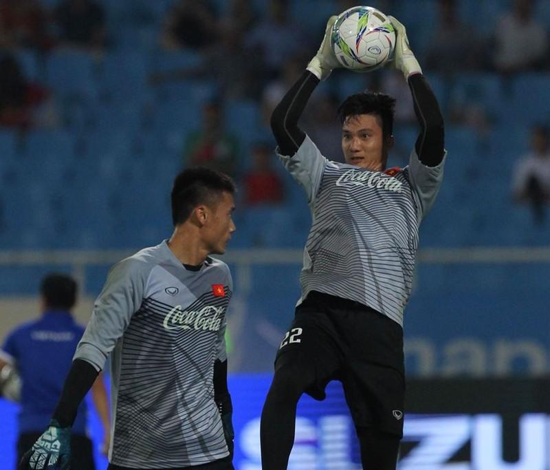 Hòa Uzbekistan, U-23 Việt Nam đăng quang trên sân Mỹ Đình - ảnh 20