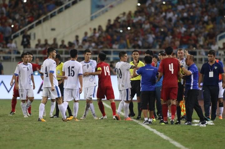 Hòa Uzbekistan, U-23 Việt Nam đăng quang trên sân Mỹ Đình - ảnh 7