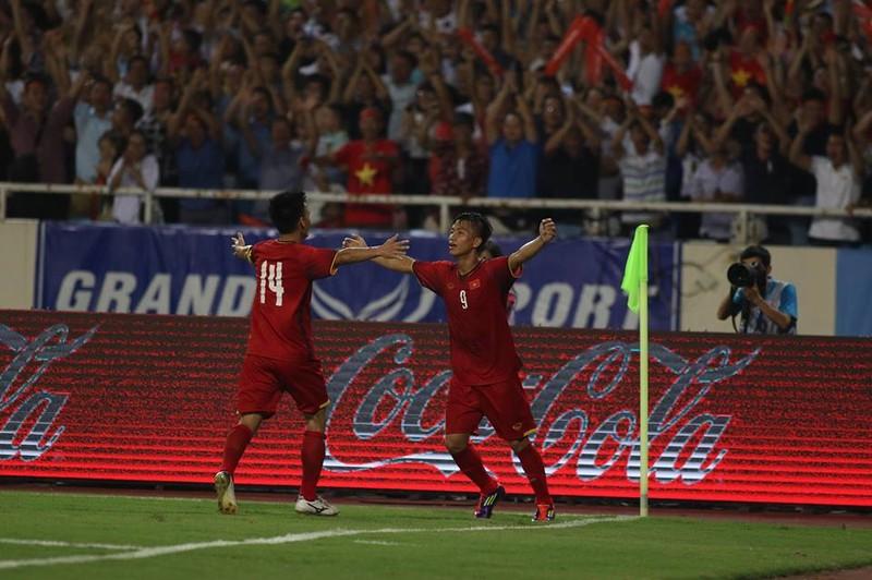 Hòa Uzbekistan, U-23 Việt Nam đăng quang trên sân Mỹ Đình - ảnh 1
