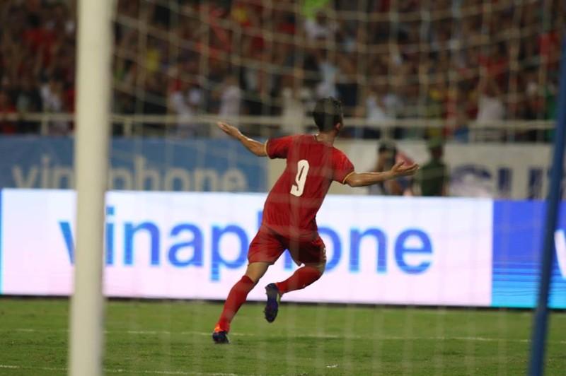 Hòa Uzbekistan, U-23 Việt Nam đăng quang trên sân Mỹ Đình - ảnh 2