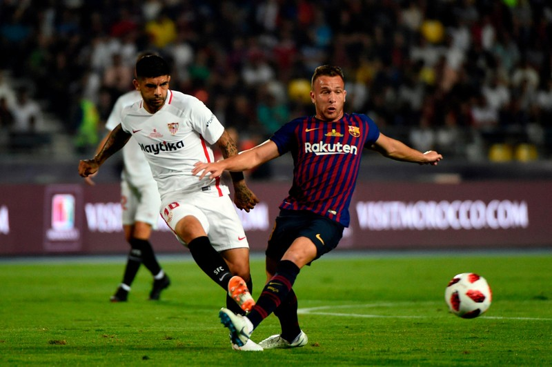 Siêu sao tỏa sáng, Barcelona ngược dòng hạ Sevilla đăng quang - ảnh 1