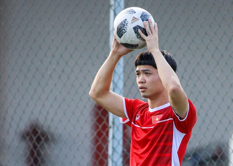 Buổi tập 'hoàn hảo' đầu tiên của Olympic Việt Nam - ảnh 7