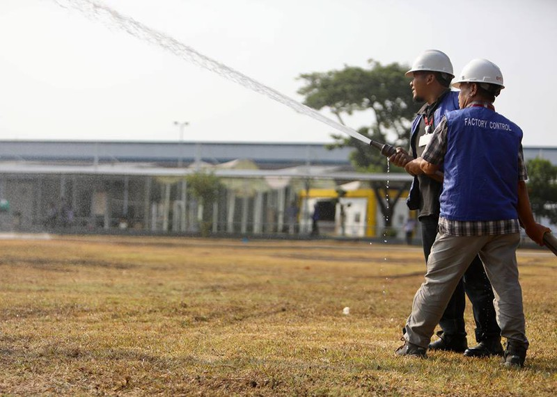 Cận cảnh sân tập xấu tệ của Olympic Việt Nam - ảnh 8
