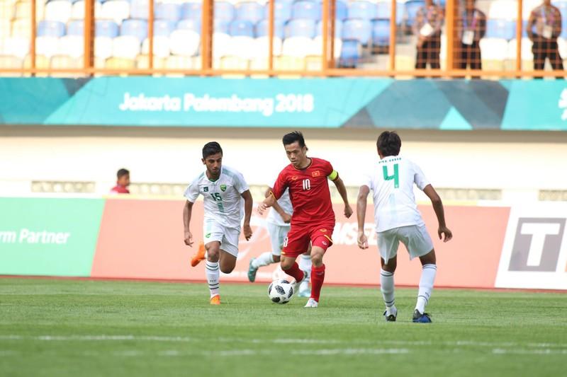 Công Phượng đá hỏng 2 quả 11m, Việt Nam vẫn thắng dễ Pakistan - ảnh 32