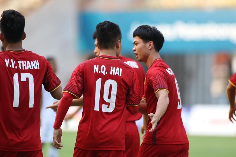 Công Phượng đá hỏng 2 quả 11m, Việt Nam vẫn thắng dễ Pakistan - ảnh 25