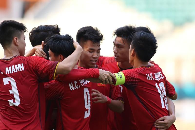 Công Phượng đá hỏng 2 quả 11m, Việt Nam vẫn thắng dễ Pakistan - ảnh 26