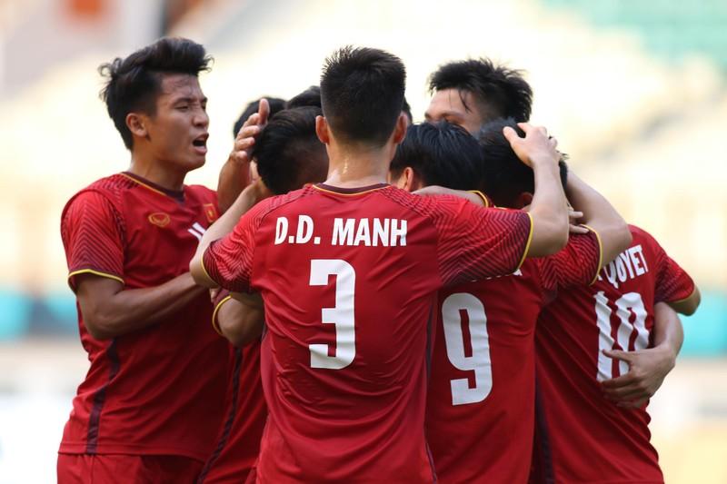 Công Phượng đá hỏng 2 quả 11m, Việt Nam vẫn thắng dễ Pakistan - ảnh 27