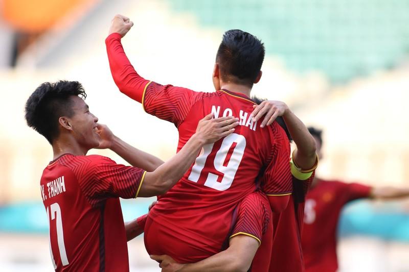 Công Phượng đá hỏng 2 quả 11m, Việt Nam vẫn thắng dễ Pakistan - ảnh 29