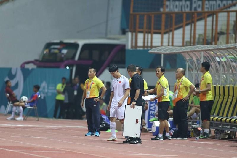 Olympic Việt Nam chính thức vào vòng knock-out Asiad 18 - ảnh 4