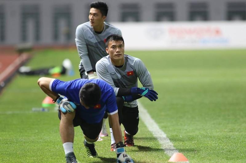 Olympic Việt Nam chính thức vào vòng knock-out Asiad 18 - ảnh 32