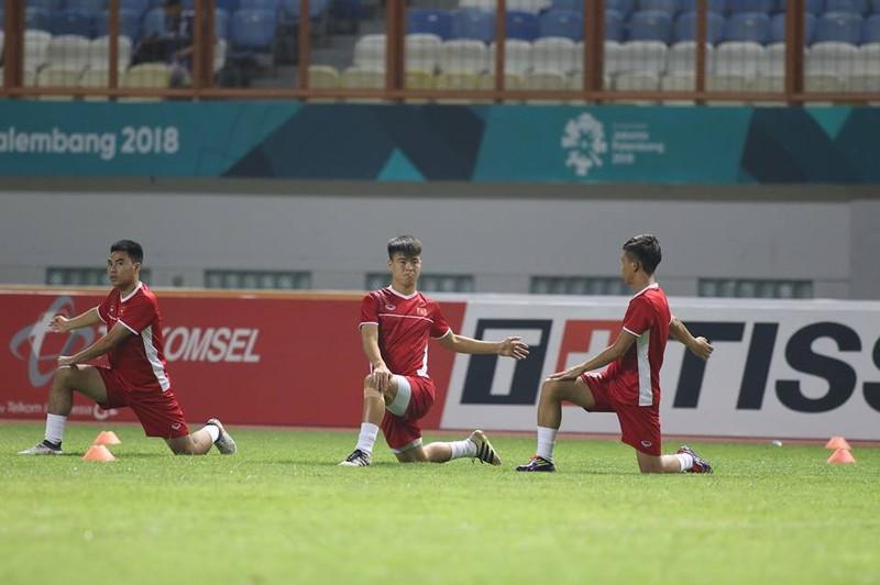 Olympic Việt Nam chính thức vào vòng knock-out Asiad 18 - ảnh 34
