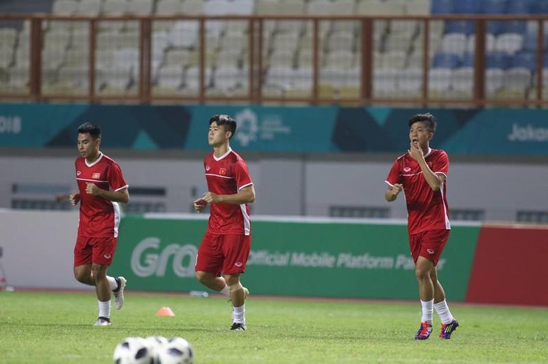 Olympic Việt Nam chính thức vào vòng knock-out Asiad 18 - ảnh 35