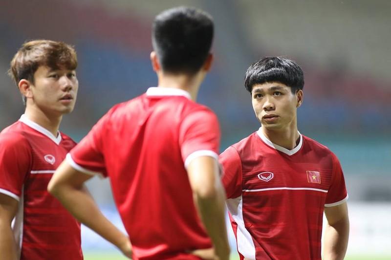 Olympic Việt Nam chính thức vào vòng knock-out Asiad 18 - ảnh 37