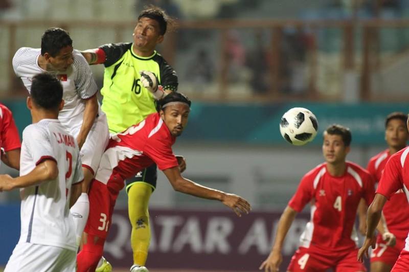 Olympic Việt Nam chính thức vào vòng knock-out Asiad 18 - ảnh 26