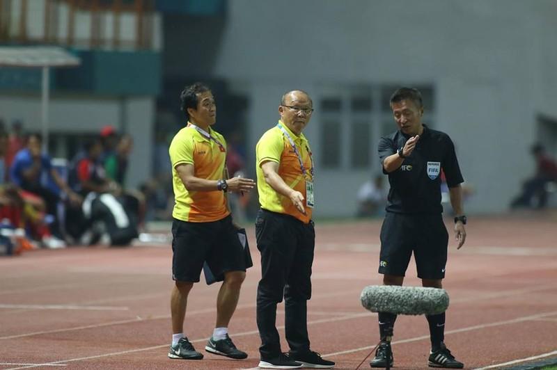 Olympic Việt Nam chính thức vào vòng knock-out Asiad 18 - ảnh 27