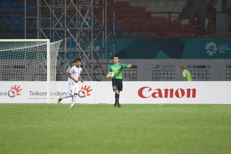 Olympic Việt Nam chính thức vào vòng knock-out Asiad 18 - ảnh 13