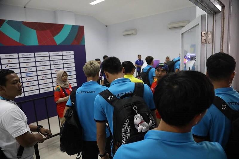 Olympic Việt Nam chính thức vào vòng knock-out Asiad 18 - ảnh 48