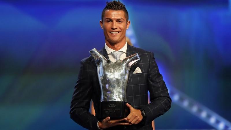 Đề cử danh hiệu xuất sắc nhất châu Âu vắng bóng Messi - ảnh 1