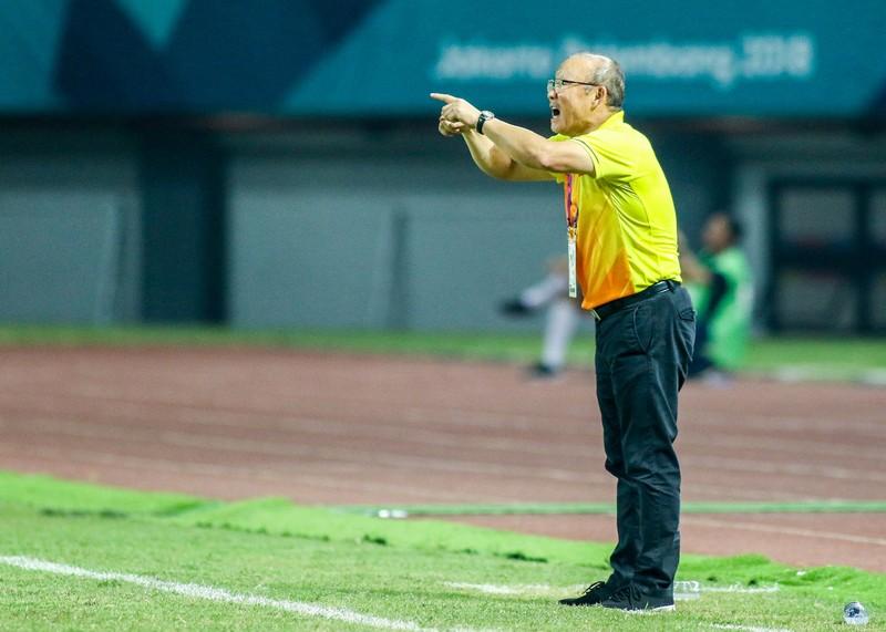HLV Park Hang-seo cám ơn cầu thủ Olympic Việt Nam - ảnh 3