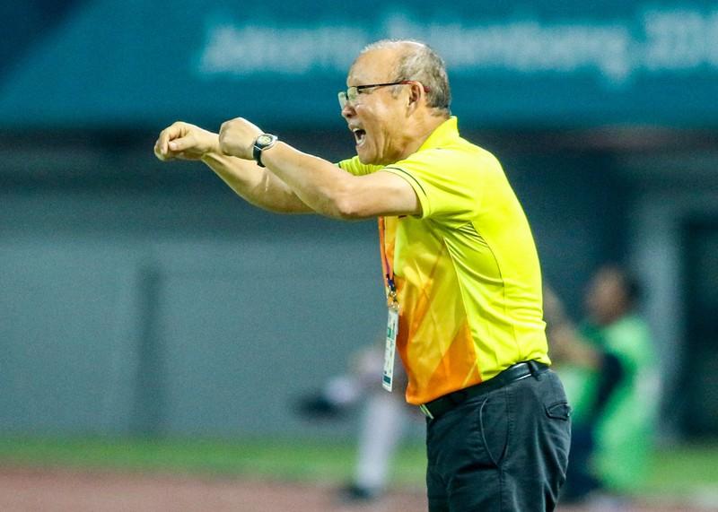 HLV Park Hang-seo cám ơn cầu thủ Olympic Việt Nam - ảnh 2