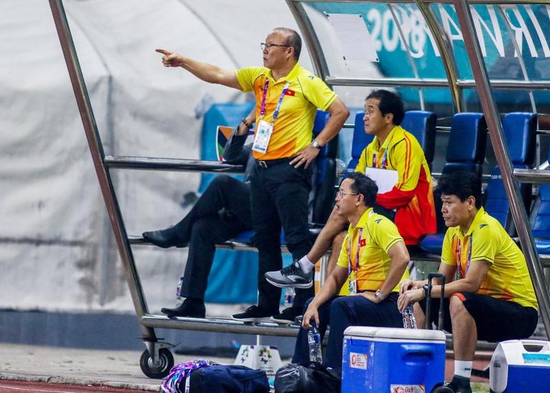 HLV Park Hang-seo cám ơn cầu thủ Olympic Việt Nam - ảnh 5