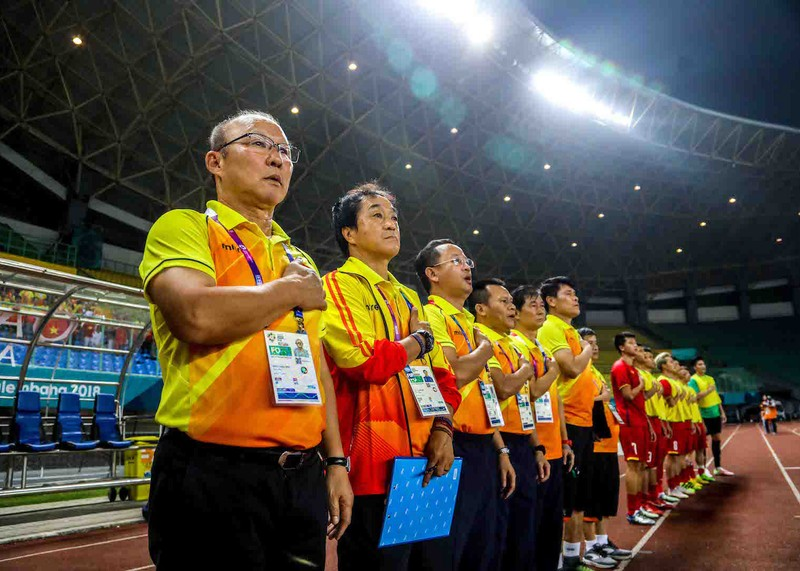 HLV Park Hang-seo cám ơn cầu thủ Olympic Việt Nam - ảnh 1