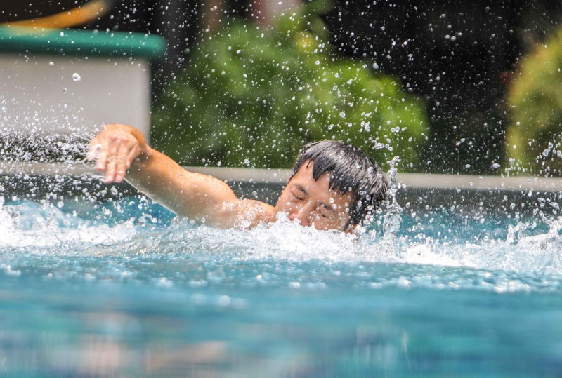 Gạt nỗi buồn, Olympic Việt Nam lấy lại niềm vui trong hồ bơi - ảnh 12