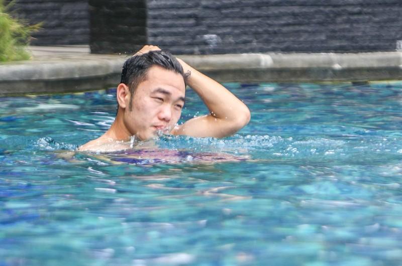 Gạt nỗi buồn, Olympic Việt Nam lấy lại niềm vui trong hồ bơi - ảnh 20