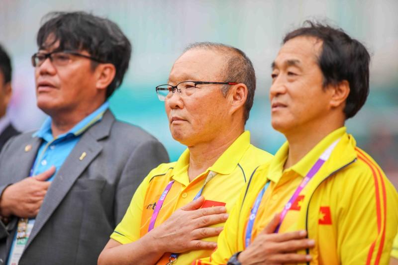HLV Park Hang-seo:'Olympic VN sẽ làm tất cả để bù đắp cho CĐV' - ảnh 1