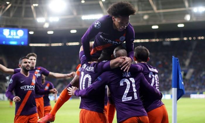 Man City thắng nghẹt thở phút cuối, MU chưa thoát khủng hoảng - ảnh 1