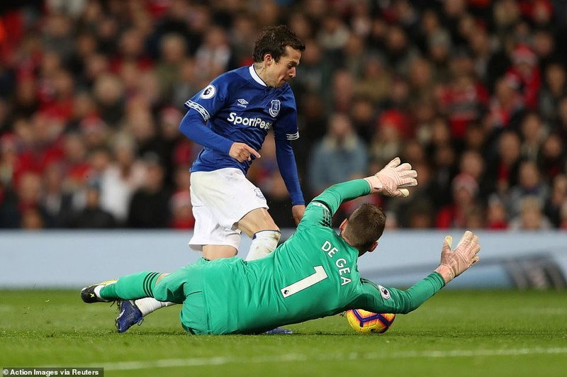 Thắng khó Everton, MU vào... top 8 Premier League - ảnh 10