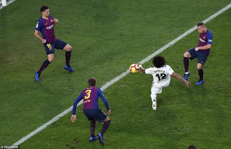Suarez lập hat-trick, Barcelona 'nhấn chìm' Real Madrid - ảnh 3