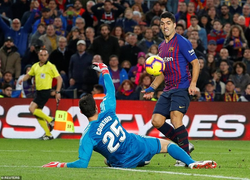 Suarez lập hat-trick, Barcelona 'nhấn chìm' Real Madrid - ảnh 5