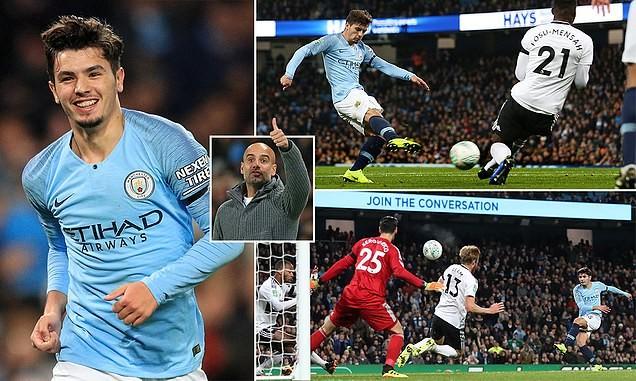 Ngôi sao bị ruồng bỏ tỏa sáng, Man City hạ gục Fulham - ảnh 1