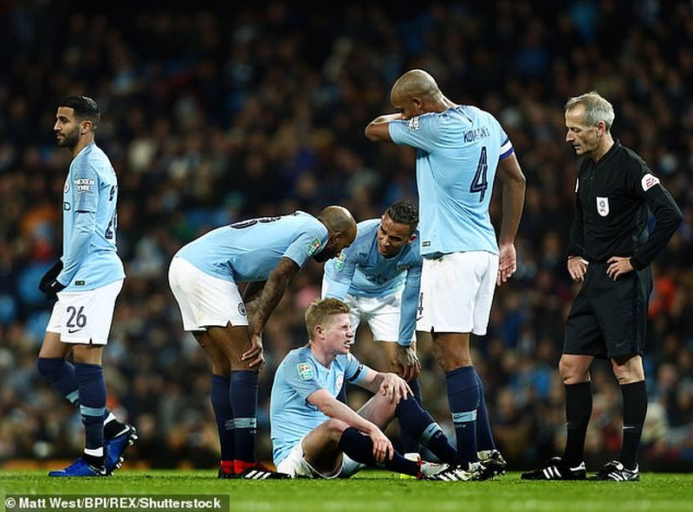 Siêu sao dính chấn thương, Pep Guardiola lo sốt vó - ảnh 1
