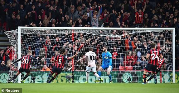 MU - Bournemouth (2-1): Hiệp 1 bỏ đi, hiệp 2... suýt bỏ phí - ảnh 2