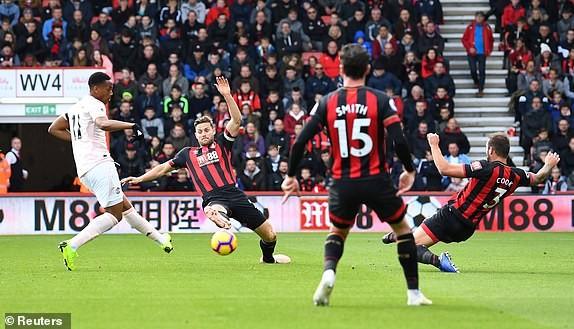 MU - Bournemouth (2-1): Hiệp 1 bỏ đi, hiệp 2... suýt bỏ phí - ảnh 4