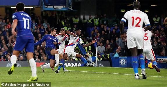 Morata tỏa sáng, Chelsea vượt mặt Liverpool - ảnh 2