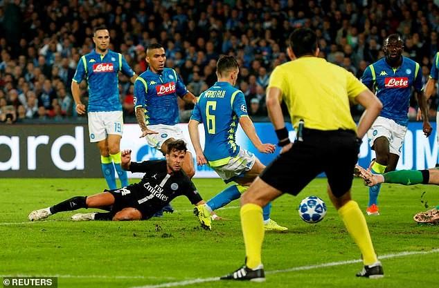 Liverpool thua sốc, Napoli và PSG tiếp tục cầm chân nhau - ảnh 3